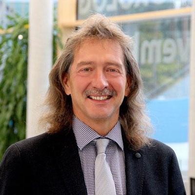 Dipl. Ökonom Frank Schmetzke